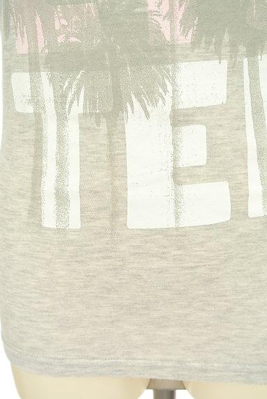Hollister Co.(ホリスター)の古着「リゾート柄ロゴTシャツ(Tシャツ)」大画像5へ