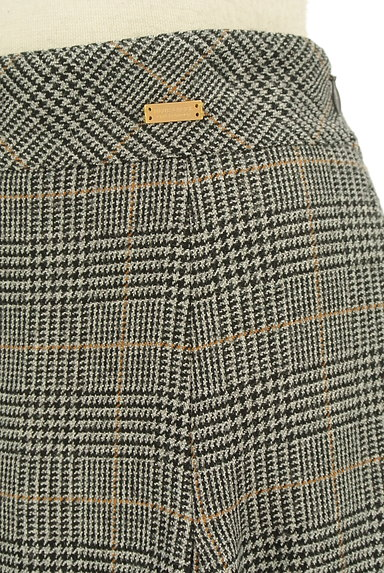 BLUE LABEL CRESTBRIDGE(ブルーレーベル・クレストブリッジ)の古着「チェック柄ボックスプリーツガウチョパンツ(パンツ)」大画像4へ