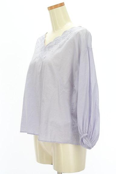 SM2(サマンサモスモス)の古着「刺繍スカラップカットソー(カットソー・プルオーバー)」大画像3へ