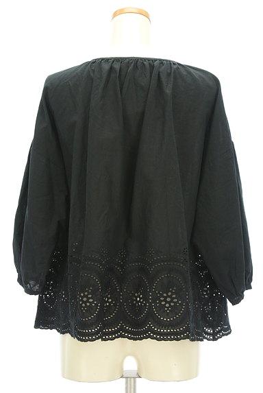 SM2(サマンサモスモス)の古着「カットワークレースボリューム袖カットソー(ブラウス)」大画像2へ