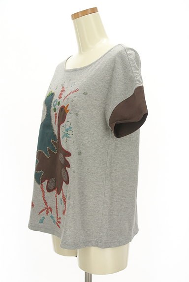 Jocomomola(ホコモモラ)の古着「ガーガープリントステッチTシャツ(Tシャツ)」大画像3へ