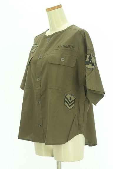 CUBE SUGAR(キューブシュガー)の古着「ワッペン付きノーカラーシャツ(カジュアルシャツ)」大画像3へ