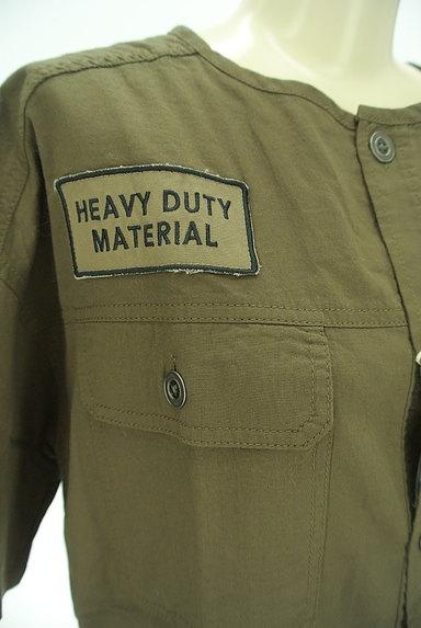 CUBE SUGAR(キューブシュガー)の古着「ワッペン付きノーカラーシャツ(カジュアルシャツ)」大画像4へ
