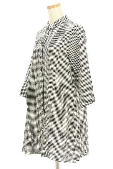 Mademoiselle NON NON(マドモアゼルノンノン)の古着「ギンガムチェック柄七分袖リネンシャツ(カジュアルシャツ)」大画像3へ