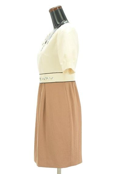 QUEENS COURT(クイーンズコート)の古着「ビジュー刺繍バイカラー膝丈ワンピース(ワンピース・チュニック)」大画像3へ