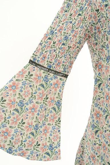 Snidel(スナイデル)の古着「バンドカラーフレア袖花柄カットソー(カットソー・プルオーバー)」大画像5へ