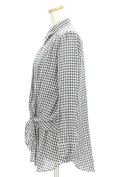LOUNIE(ルーニィ)の古着「ウエストリボンチェック柄ロングシャツ(カジュアルシャツ)」大画像3へ