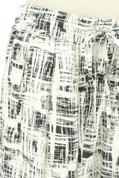 LOUNIE(ルーニィ)の古着「ウエストゴムチェック柄テーパードパンツ(パンツ)」大画像4へ