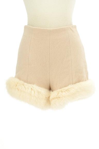 Lily Brown(リリーブラウン)の古着「裾ファーハイウエストショートパンツ(ショートパンツ・ハーフパンツ)」大画像1へ