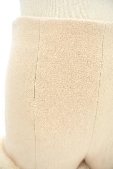 Lily Brown(リリーブラウン)の古着「裾ファーハイウエストショートパンツ(ショートパンツ・ハーフパンツ)」大画像4へ