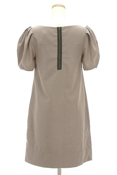 BEAMS Women's(ビームス ウーマン)の古着「タックバルーン袖ワンピース(ワンピース・チュニック)」大画像2へ