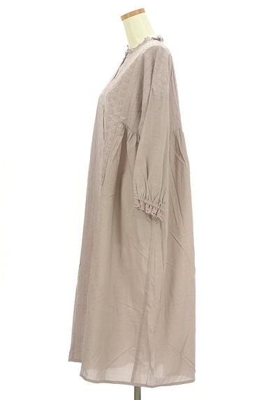SM2(サマンサモスモス)の古着「刺繍たっぷりギャザーマキシワンピ(ワンピース・チュニック)」大画像3へ