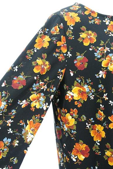 LEILIAN(レリアン)の古着「花柄シフォンプリーツカットソー(カットソー・プルオーバー)」大画像4へ