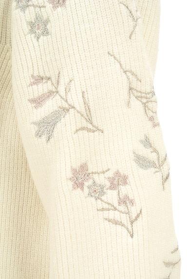 MISCH MASCH(ミッシュマッシュ)の古着「ファーポケット刺繍ニットワンピ(ワンピース・チュニック)」大画像5へ