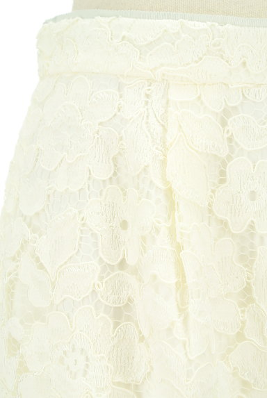 MISCH MASCH(ミッシュマッシュ)の古着「ミディ丈花柄総レースタイトスカート(スカート)」大画像4へ