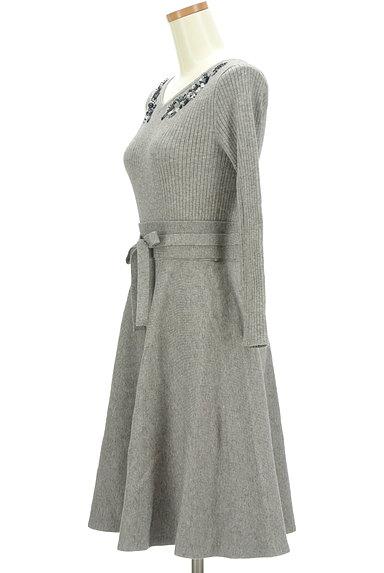 LAISSE PASSE(レッセパッセ)の古着「ビーズ刺繍入りニットフレアワンピース(ワンピース・チュニック)」大画像3へ