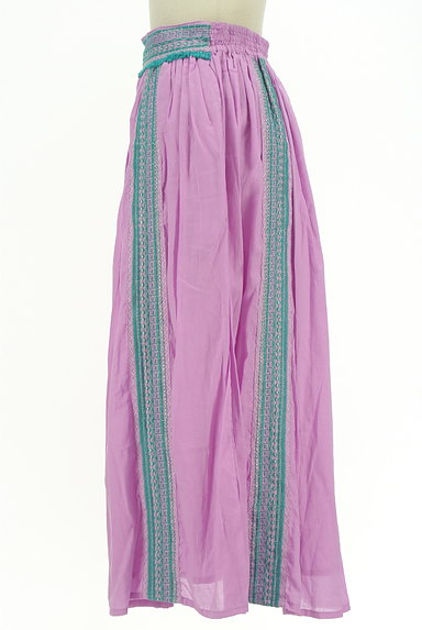 A.I.C(エーアイシー)の古着「エスニックなギャザーマキシスカート(ロングスカート・マキシスカート)」大画像3へ