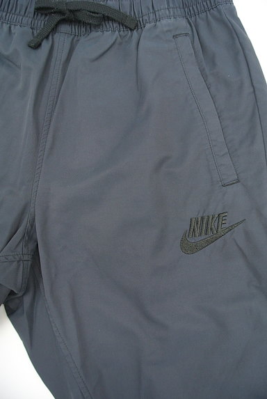 NIKE(ナイキ)の古着「ワンポイント刺繍裾ゴムジャージパンツ(パンツ)」大画像3へ