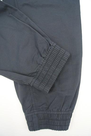 NIKE(ナイキ)の古着「ワンポイント刺繍裾ゴムジャージパンツ(パンツ)」大画像5へ