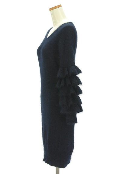 Lily Brown(リリーブラウン)の古着「フリル袖コンシャスニットワンピ(ワンピース・チュニック)」大画像3へ