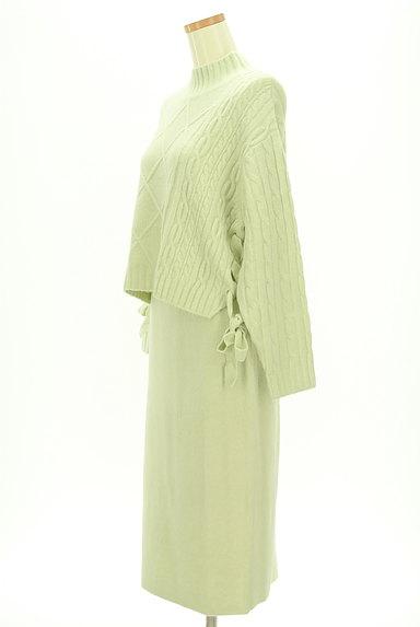 Rirandture(リランドチュール)の古着「ケーブル編みニットセットアップ(セットアップ(ジャケット+スカート))」大画像3へ
