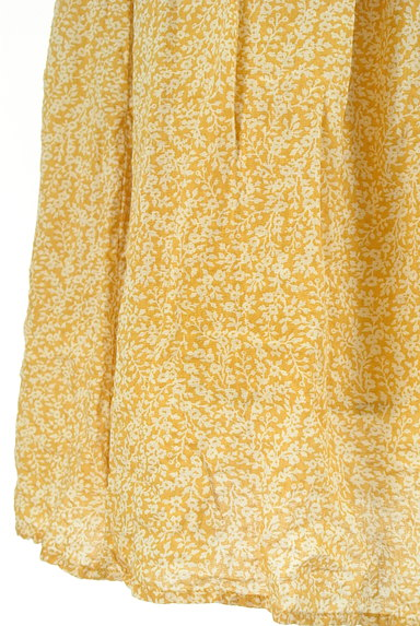 SM2(サマンサモスモス)の古着「ウエストリボン小花柄フレアスカート(ロングスカート・マキシスカート)」大画像5へ
