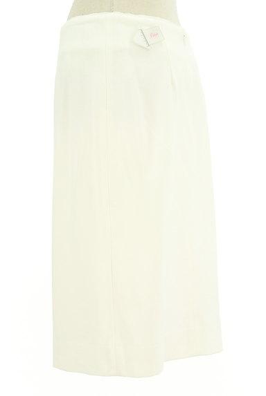 ANTEPRIMA(アンテプリマ)の古着「シンプル白のタイトスカート(スカート)」大画像4へ
