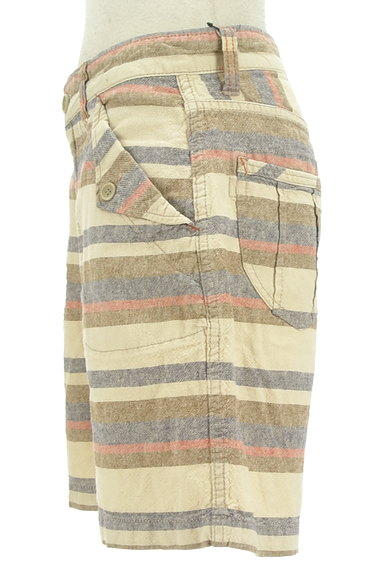 CUBE SUGAR(キューブシュガー)の古着「くすみボーダーショートパンツ(ショートパンツ・ハーフパンツ)」大画像3へ