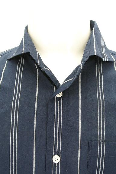 nano・universe(ナノユニバース)の古着「オープンカラーストライプ柄シャツ(カジュアルシャツ)」大画像4へ