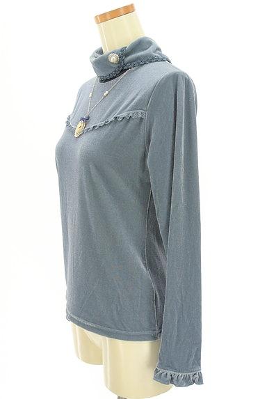 axes femme(アクシーズファム)の古着「カメオネックレス付きフリルカットソー(カットソー・プルオーバー)」大画像3へ