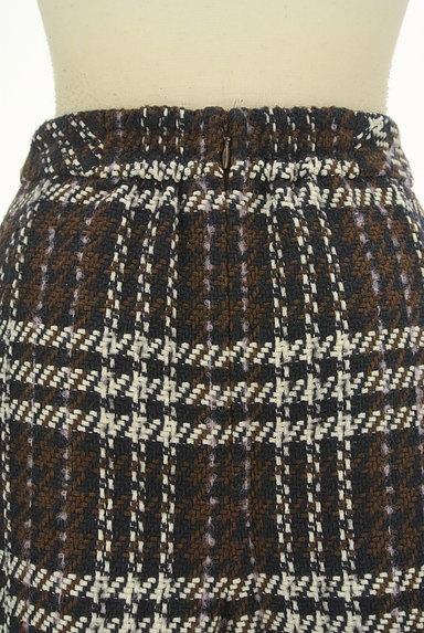MISCH MASCH(ミッシュマッシュ)の古着「ビット付きチェック柄ラップ風ミニスカート(ショートパンツ・ハーフパンツ)」大画像5へ