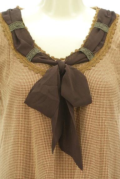 axes femme(アクシーズファム)の古着「シフォンリボンチェック柄フレアチュニック(ワンピース・チュニック)」大画像4へ