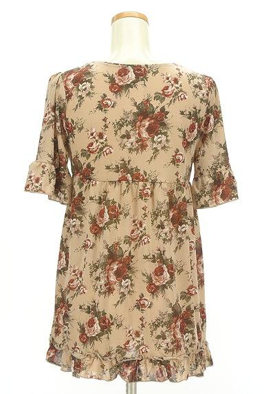 axes femme(アクシーズファム)の古着「花柄フリルレースプルオーバー(カットソー・プルオーバー)」大画像2へ