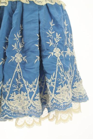 LIZ LISA(リズリサ)の古着「レース付き刺繍ミニフレアスカート(ミニスカート)」大画像5へ