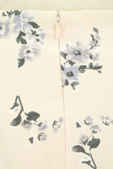 31 Sons de mode(トランテアン ソン ドゥ モード)の古着「ミディ丈花柄フェミニンスカート(スカート)」大画像4へ