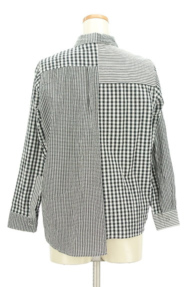 antiqua(アンティカ)の古着「アシンメトリーチェック柄シャツ(カジュアルシャツ)」大画像2へ